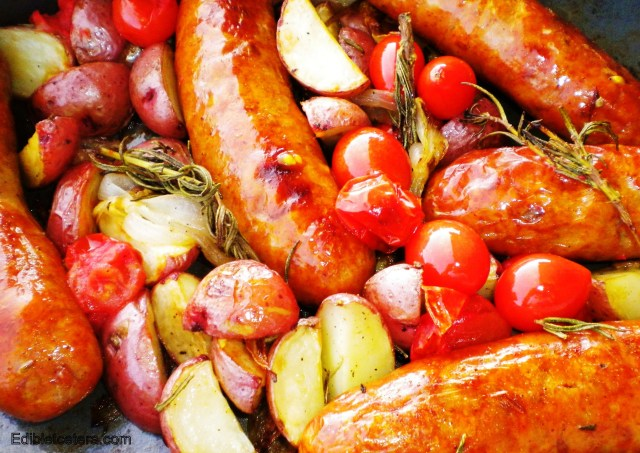 BLOG sausages roasted with rosemary potatoes and tomatoes 003
