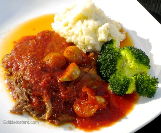 Braised Beef with Garlic & Tomatoes