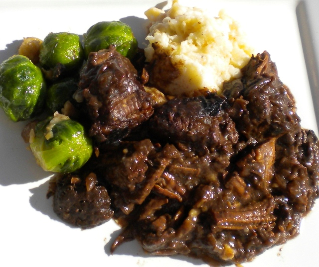 BLOG Beef with Guinness & Pickled walnuts 004