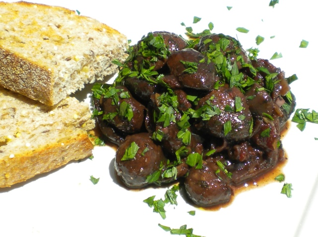 BLOG Mushrooms in Red wine & Fennel 003