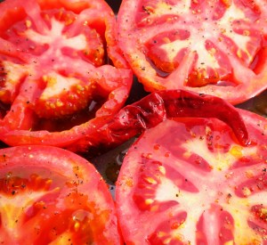 blog-oven-roasted-tomato-sauce-009.jpg