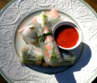 Vietnamese rolls with shrimp 006
