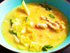 Asian Chicken soup with Lemongrass & Coconut